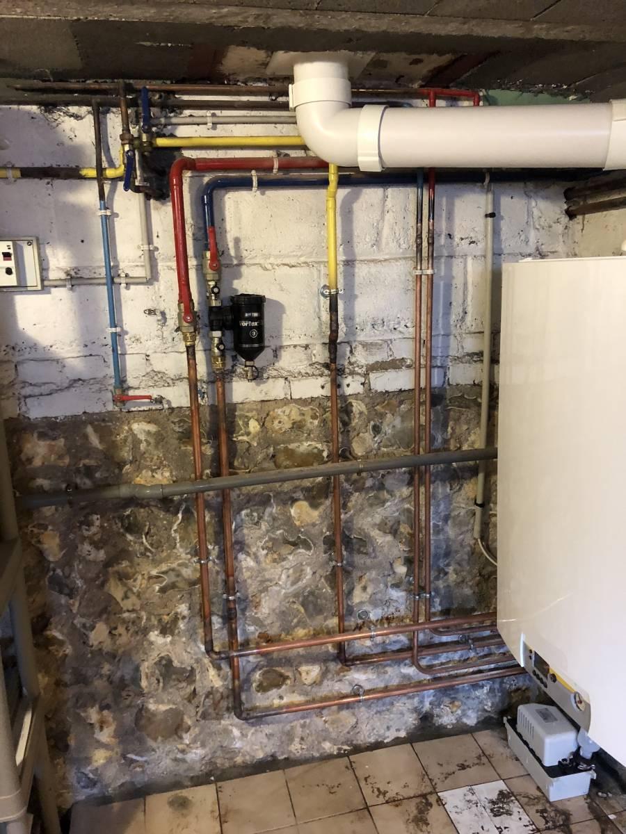 Installation Chaudière À Condensation faire installer une chaudière gaz à condensation par un